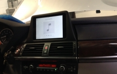 2015 BMW X5 iPad Integration